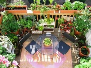 Искусство современного декора — как украсить балкон своими руками