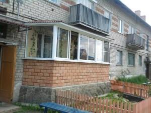 Как пристроить балкон к квартире на первом этаже