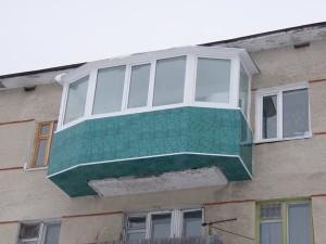 Балкон на верхнем этаже