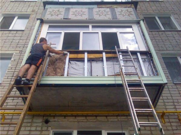 Как отремонтировать балкон своими руками - фото, видео и ....