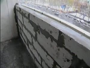Выравнивание стены балкона