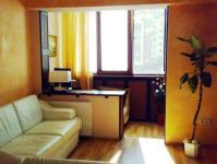 Перегородка между комнатой и балконом