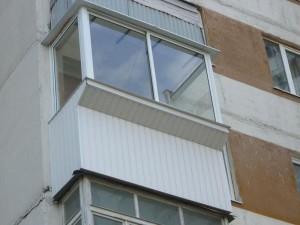 Отделка и остекление балконов