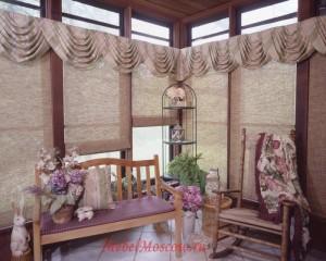 Оформление балконов шторами