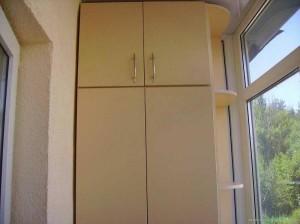 Шкаф-купе для балкона