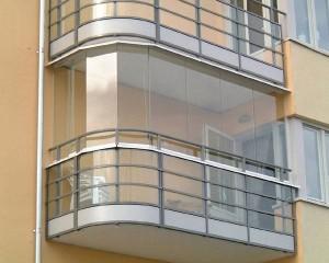 Остекление на всю высоту балкона