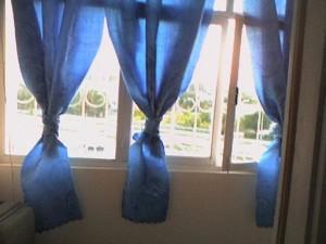 Какие занавески подойдут для балкона?
