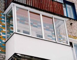 Балконная рама, вид снаружи