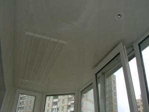 Пластиковые панели на потолке